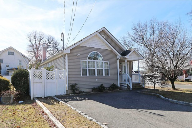 Residential, Ranch - Massapequa, NY (photo 2)