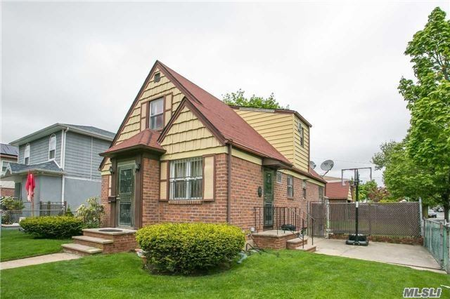 Residential, Cape - Floral Park, NY (photo 2)