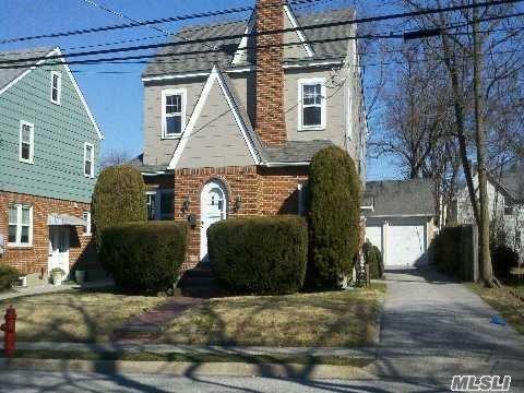 Rental Home, Colonial - Port Washington, NY (photo 1)