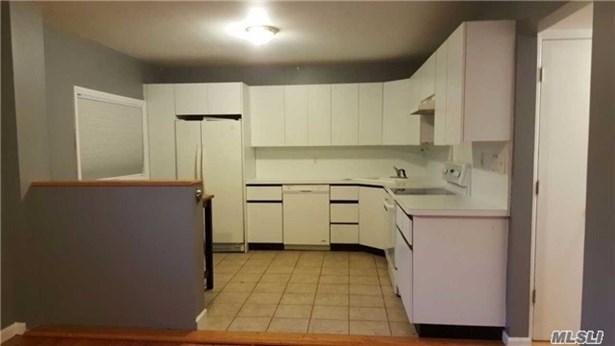 Rental Home, Apt In Bldg - Bellmore, NY (photo 3)