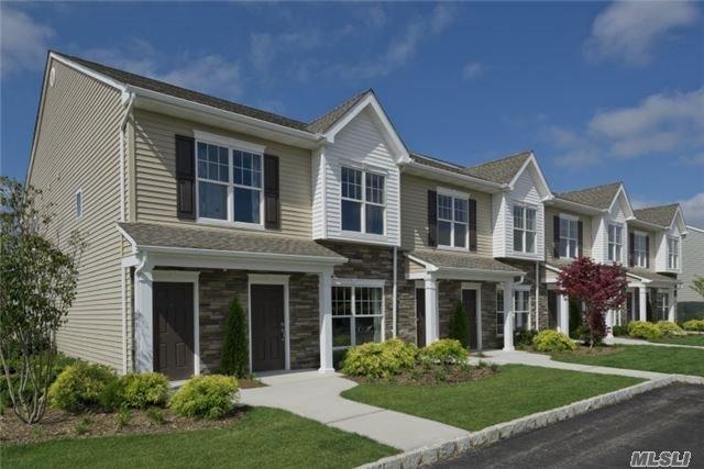 Residential, Condo - Central Islip, NY (photo 1)