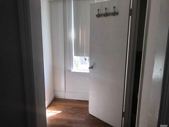 Rental Home, Apt In House - Elmhurst, NY (photo 2)