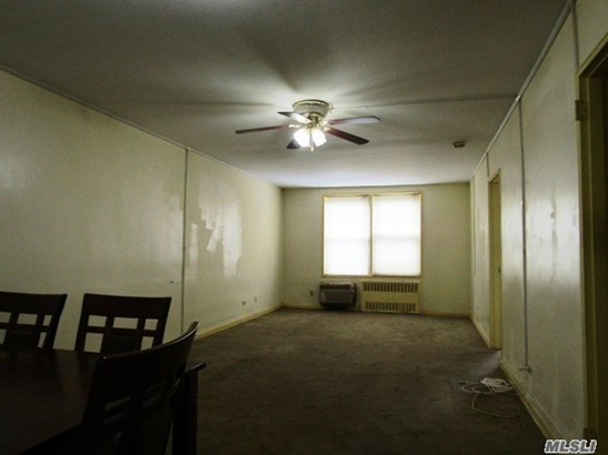 Co-Op, Residential - Jamaica Estates, NY (photo 4)