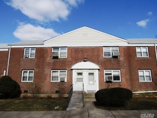 Co-Op, Residential - Bayside, NY (photo 1)
