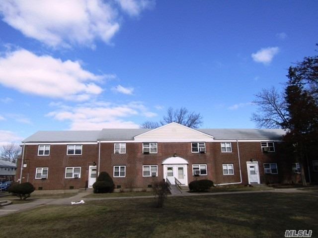 Co-Op, Residential - Bayside, NY (photo 5)
