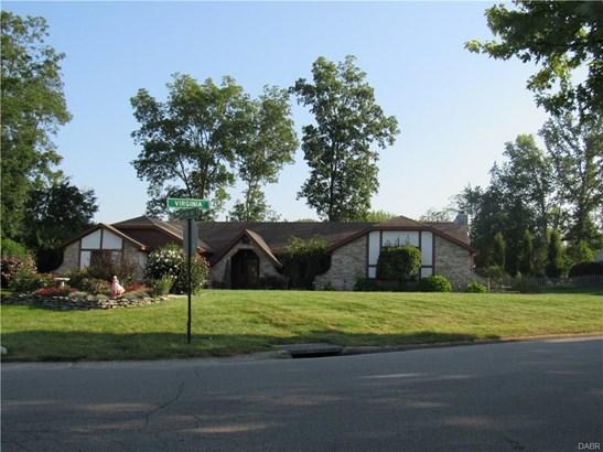 7515 Whispering Oaks Trail, Tipp City, OH - USA (photo 1)