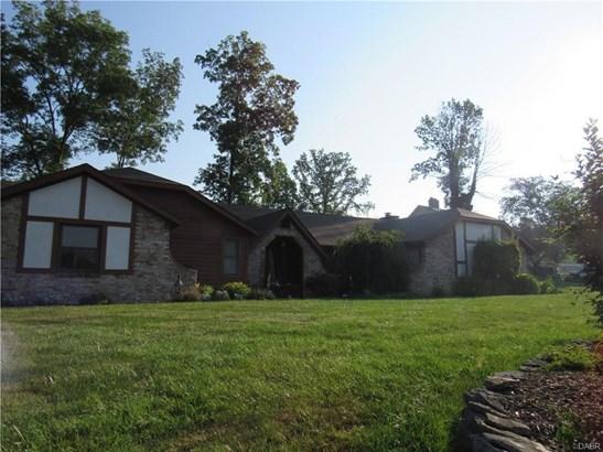 7515 Whispering Oaks, Tipp City, OH - USA (photo 2)