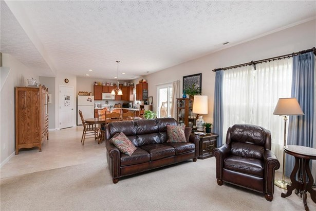 1832 Curry Branch, Tipp City, OH - USA (photo 5)