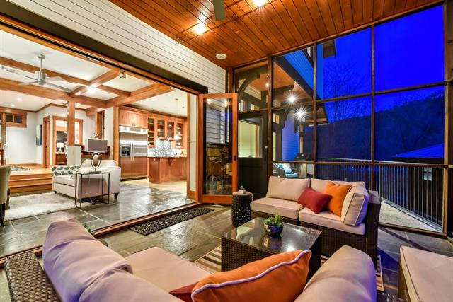House, Single level Floor Plan - Austin, TX (photo 2)