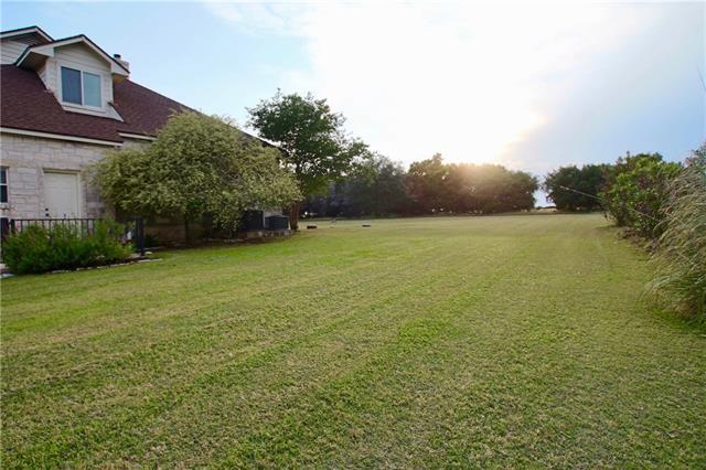 House - Leander, TX (photo 3)