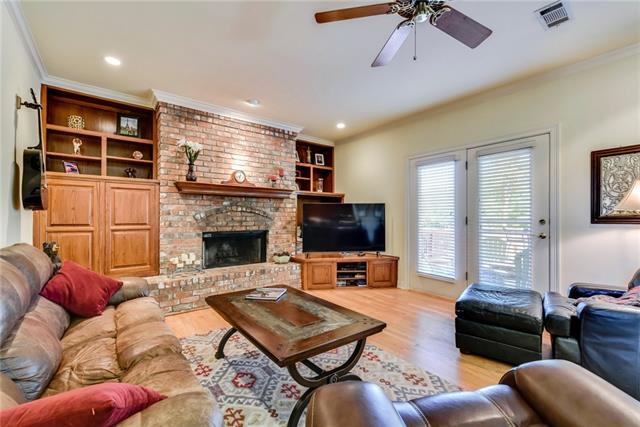 House - Lakeway, TX (photo 5)