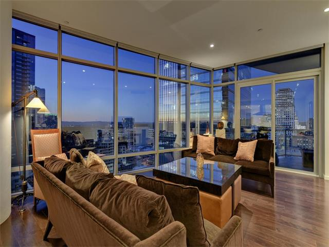 Condo, High Rise (8-13 Stories) - Austin, TX (photo 1)