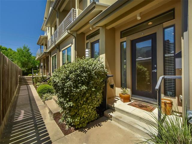 Condo, 1st Floor Entry,Middle Unit,See Agent - Austin, TX (photo 1)