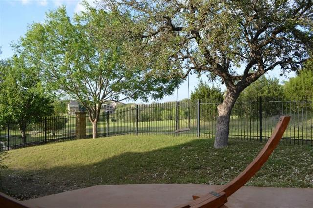 House - Lakeway, TX (photo 2)