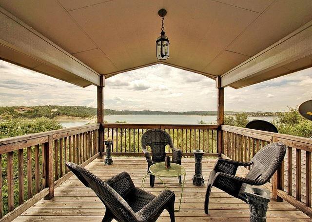 House - Lago Vista, TX (photo 1)