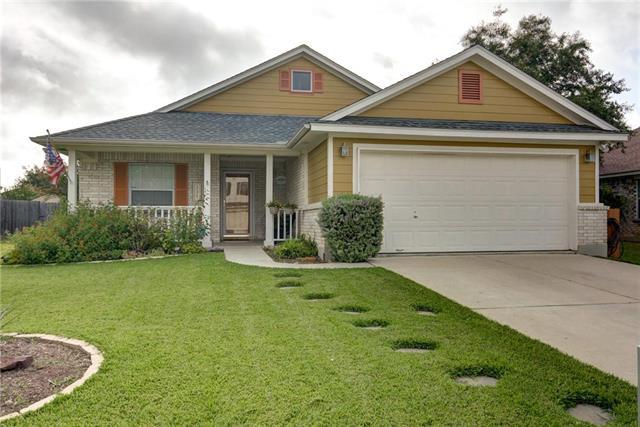 House, 1st Floor Entry,Entry Steps,Single level Floor Plan - Bastrop, TX
