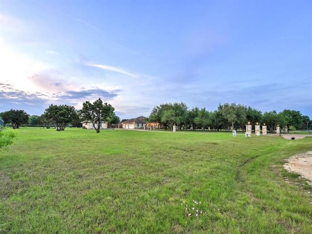 House - Buda, TX (photo 3)