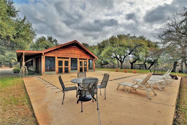 1st Floor Entry, House - Llano, TX (photo 3)