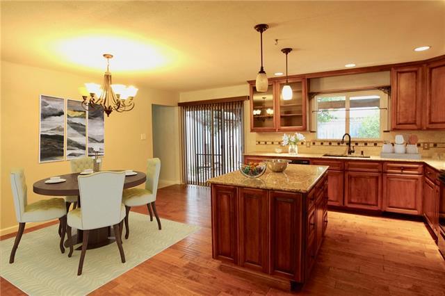 House - Lago Vista, TX (photo 3)