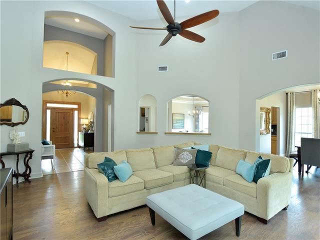 House, Single level Floor Plan - Spicewood, TX (photo 5)