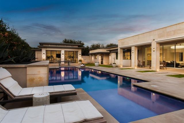 House, 1st Floor Entry,Single level Floor Plan - Austin, TX