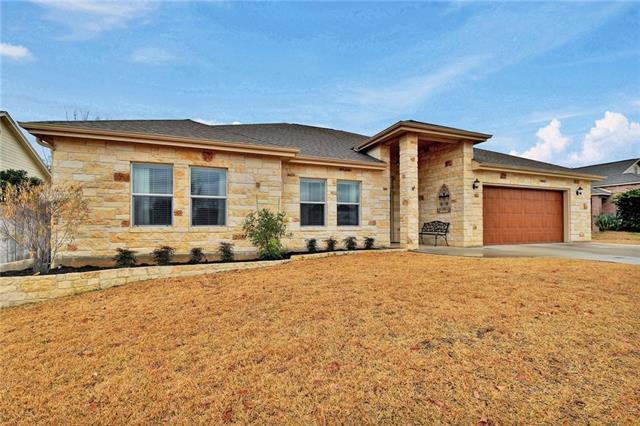 House - Meadowlakes, TX (photo 2)