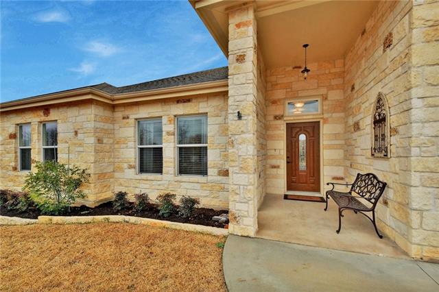 House - Meadowlakes, TX (photo 3)