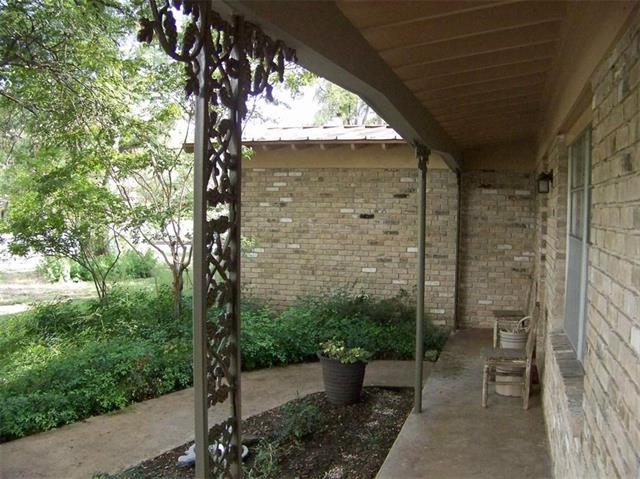 1st Floor Entry, House - West Lake Hills, TX (photo 3)
