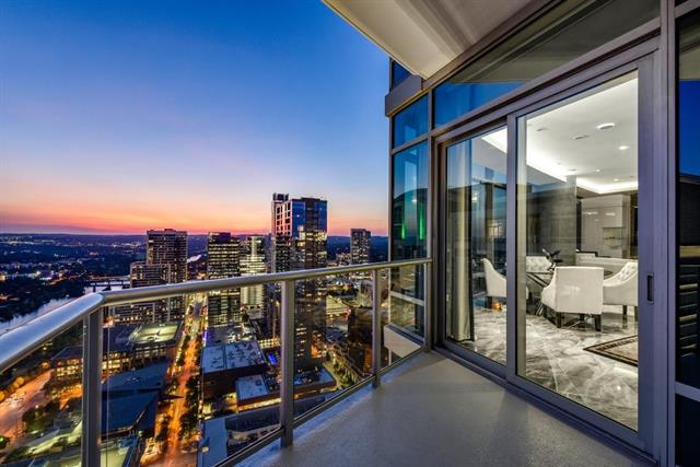 Condo, Tower (14+ Stories) - Austin, TX