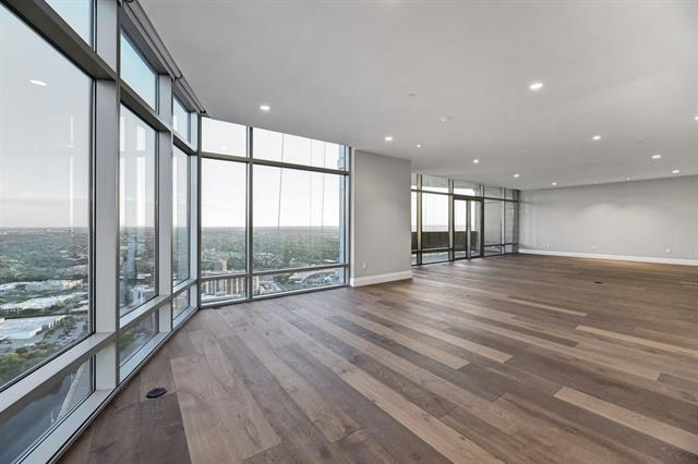 Condo, High Rise (8-13 Stories) - Austin, TX