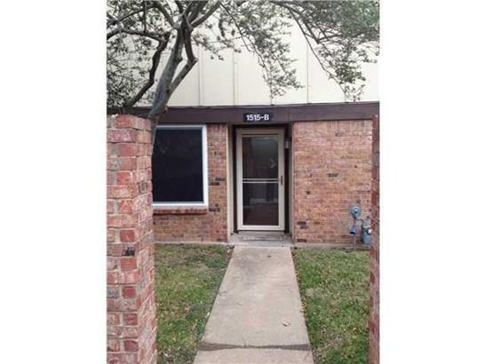 Condo, 1st Floor Entry,End Unit - Austin, TX (photo 5)