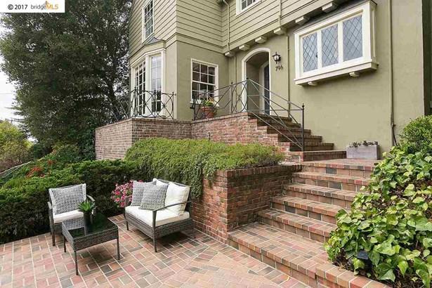 796 Rosemount Rd, Oakland, CA - USA (photo 2)