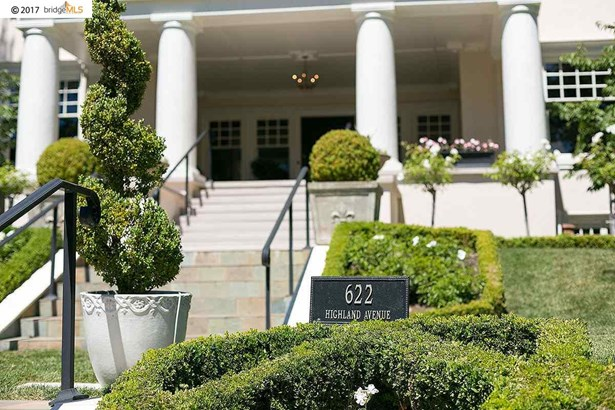 622 Highland Ave, Piedmont, CA - USA (photo 2)