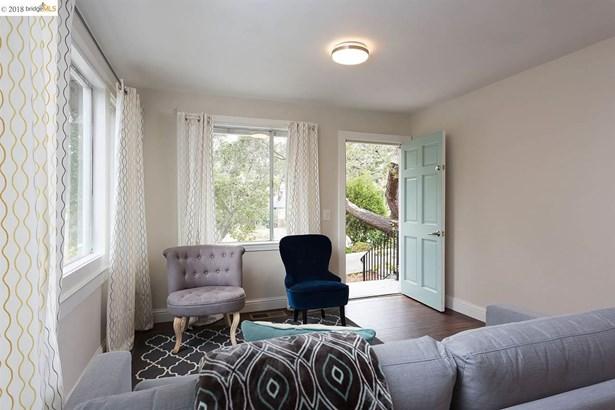 4200 Fruitvale Ave, Oakland, CA - USA (photo 4)