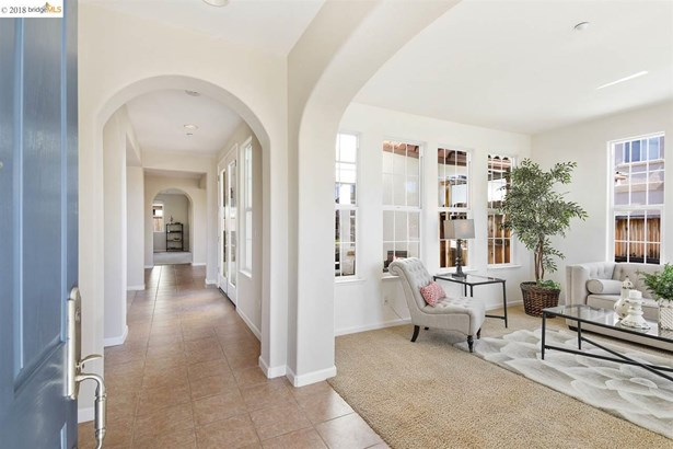 1585 Savory Dr, Brentwood, CA - USA (photo 2)