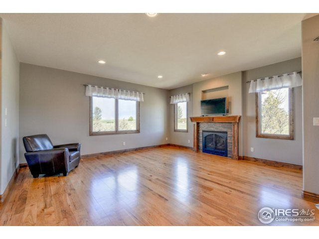 5724 Pineview Court, Windsor, CO - USA (photo 2)