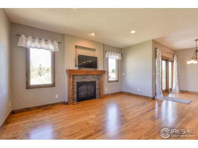 5724 Pineview Court, Windsor, CO - USA (photo 3)