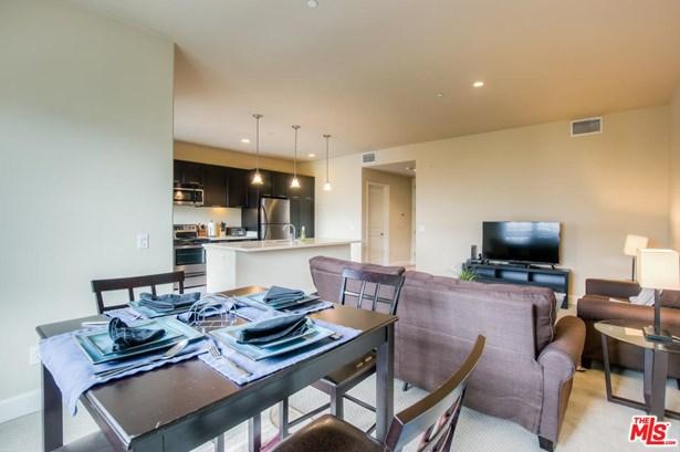 Condominium - Glendale, CA (photo 1)