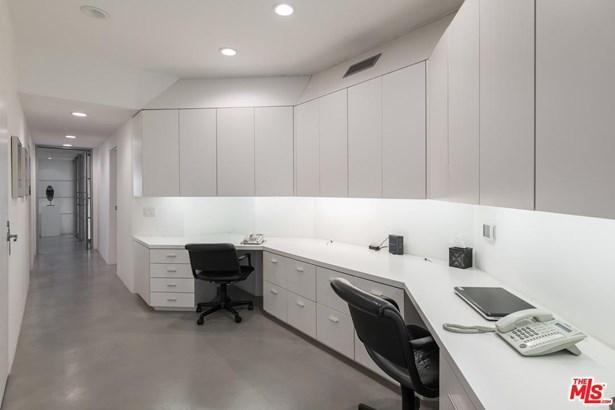 Condominium, Architectural,Penthouse - Marina Del Rey, CA (photo 2)