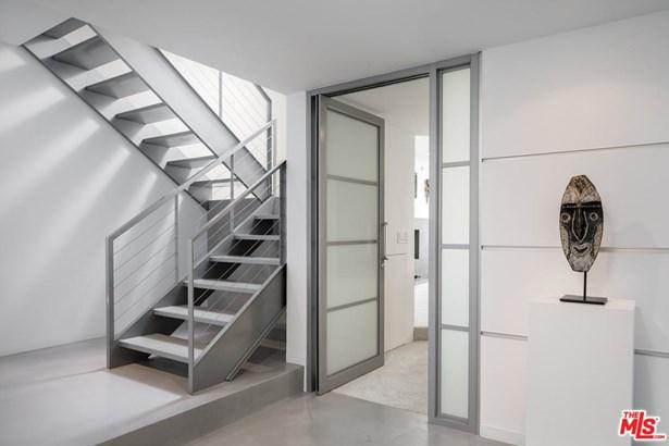 Condominium, Architectural,Penthouse - Marina Del Rey, CA (photo 3)