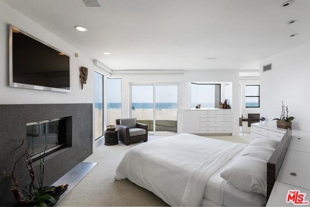 Condominium, Architectural,Penthouse - Marina Del Rey, CA (photo 4)
