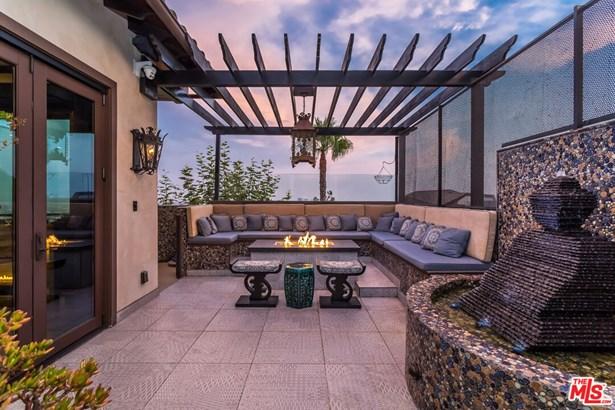 Single Family Residence, Spanish - Beverly Hills, CA