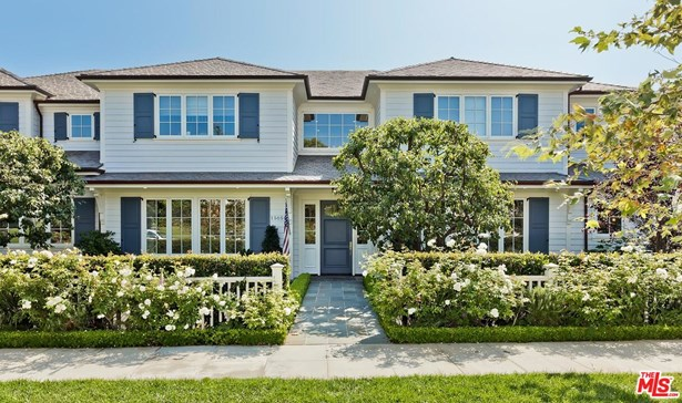 Single Family Residence, Traditional - Pacific Palisades, CA