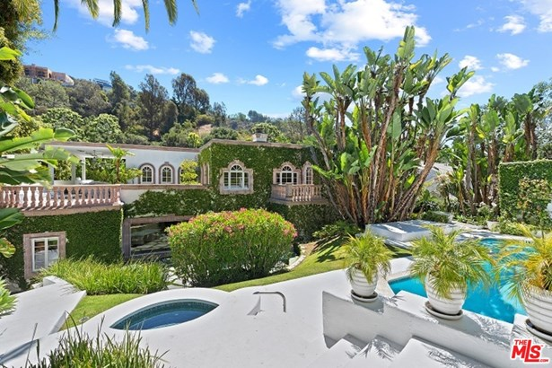 Contemporary Mediterranean, Residential Lease - Los Angeles, CA