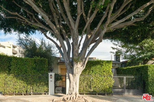 Spanish, Single Family - West Hollywood, CA (photo 2)