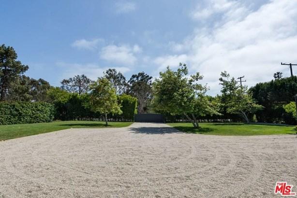 Farm House, Single Family - Malibu, CA (photo 3)