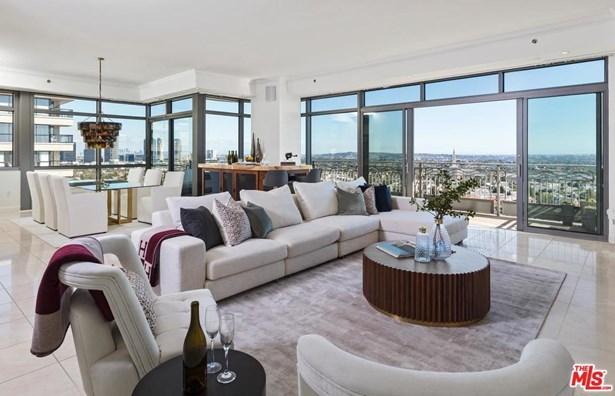 Condominium, High or Mid-Rise Condo - Los Angeles (City), CA (photo 3)