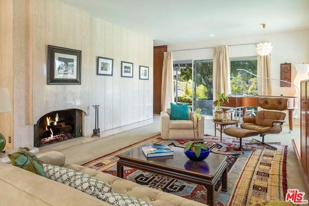 Mid Century, Single Family - Beverly Hills, CA (photo 4)