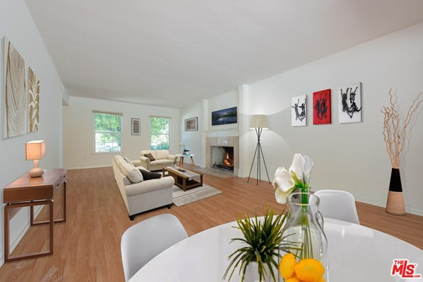 Traditional, Single Family - West Hills, CA (photo 2)