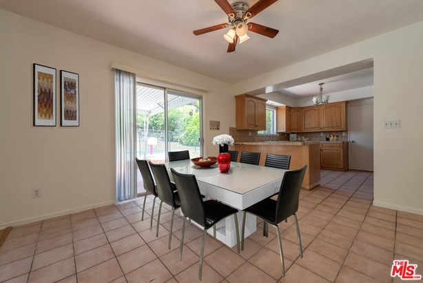 Traditional, Single Family - West Hills, CA (photo 3)